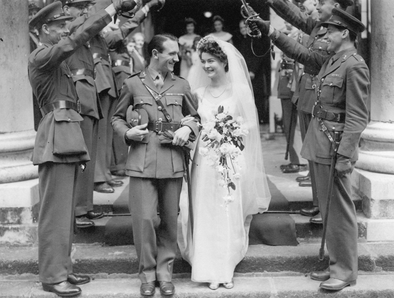 David and Sheelah Horsfield leaving the church after their wedding