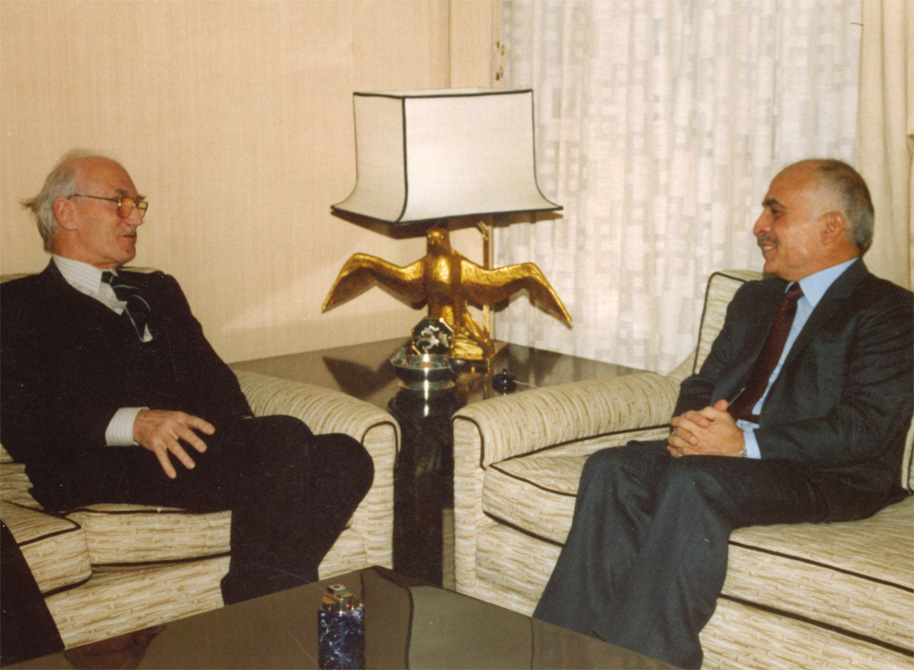 David Horsfield talking to King Hussein